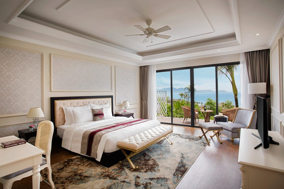 Vinpearl Discovery Nha Trang Hotel Photo Retouching