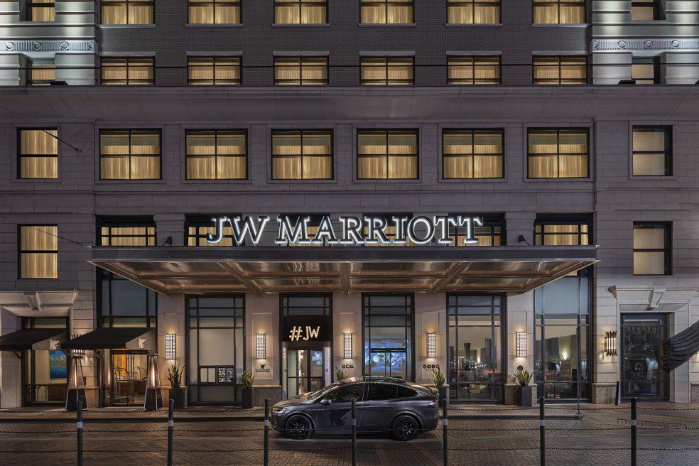 JW Marriott Houston Downtown Hotel Photo Retouching