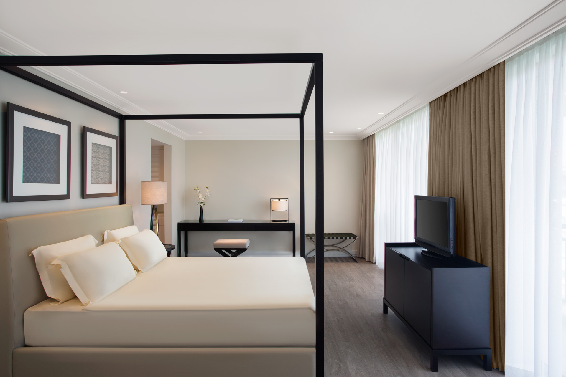 IC Green Palace   King Suite