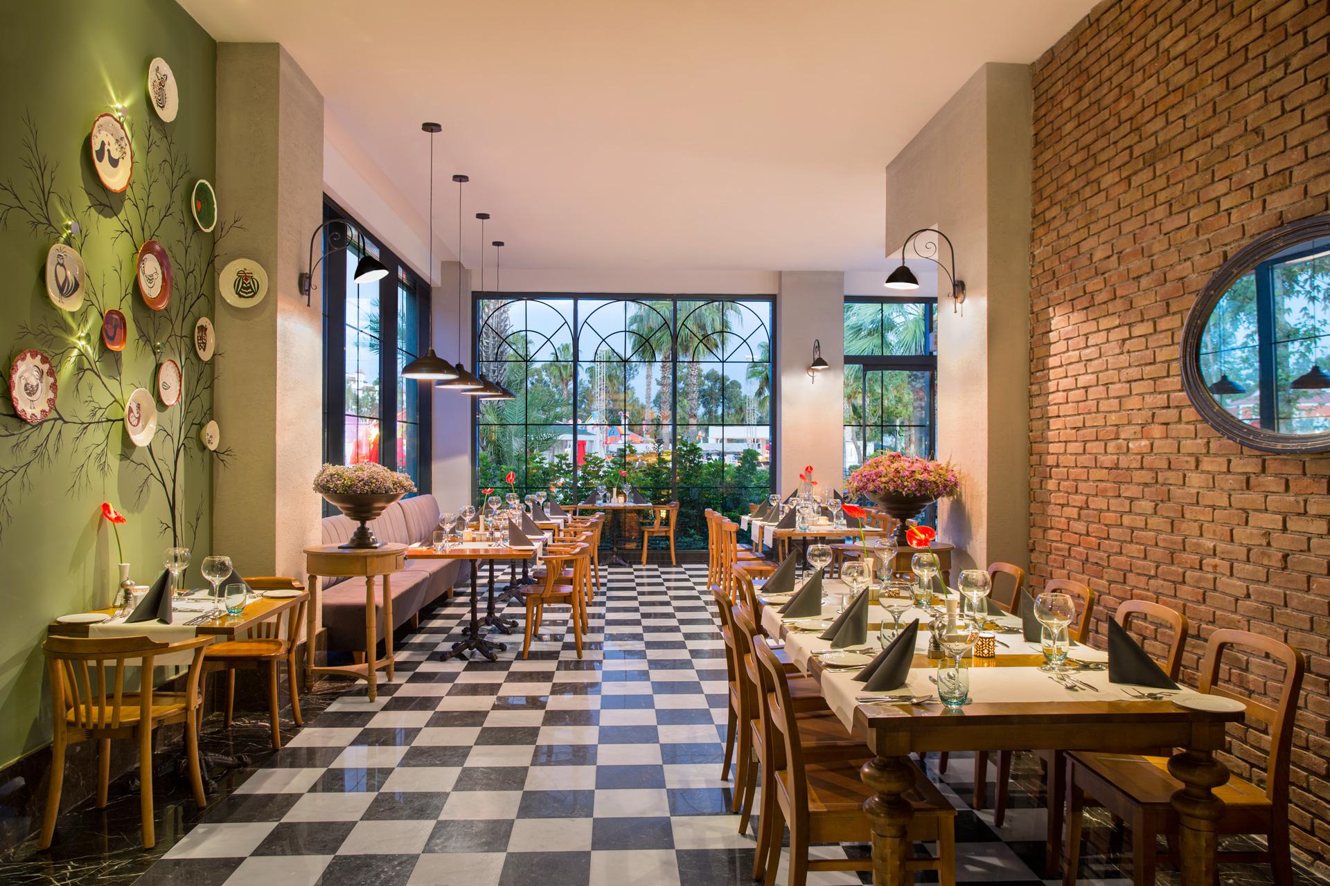 IC Santai   Olivio Restaurant