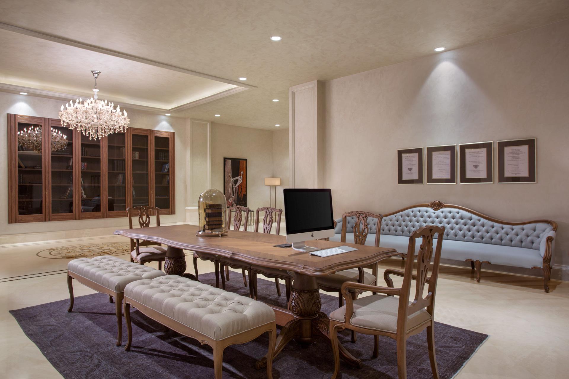 Lazzoni Hotel | Business Center